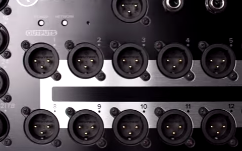 Mackie DL32R - Video - Features - Hardware